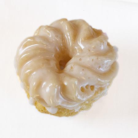 vanilla cruller donut